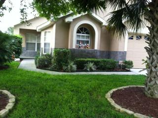 Specials Now -  May 1-6,May 4-11, June 5-12, 2016 - Kissimmee vacation rentals
