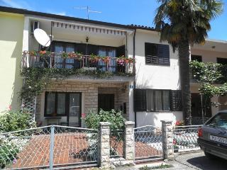 APARTMENT MELANIE A2+2 - UMAG - Umag vacation rentals
