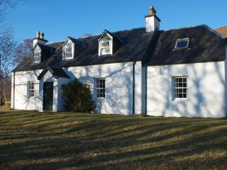 Strathan House remote farmhouse with mountain view - Lochcarron vacation rentals