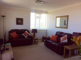 Lovely Condo with Internet Access and Dishwasher - Wallasey vacation rentals