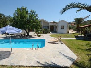 Bright 4 bedroom Latchi Villa with Internet Access - Latchi vacation rentals