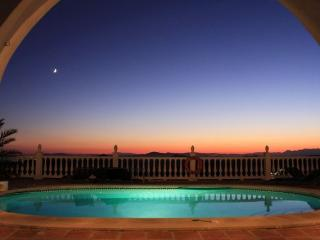 Stunning views with amazing sunsets - Competa vacation rentals