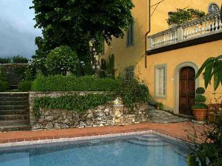 Luxury Tuscan Belvedere Property - Coreglia Antelminelli vacation rentals