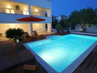 Luxury Villa 'Nodi' with pool and gym - Zadar vacation rentals