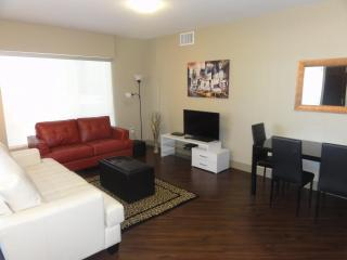 Heaven on Hollywood Boulevard 2 BR Furnished Apart - Los Angeles vacation rentals