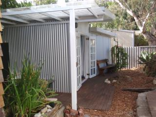 Self Contained Garden Studio within easy walking distance to everything - South Fremantle vacation rentals