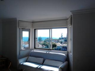 Sea View Appartment Estoril Cascais Parede - Parede vacation rentals