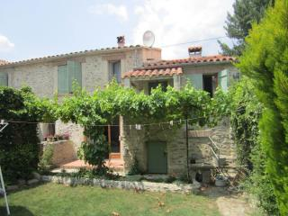 4 Ave General De Gaulle, Vinca - Vinca vacation rentals