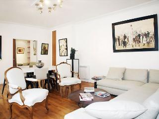PONTHIEU - Paris vacation rentals