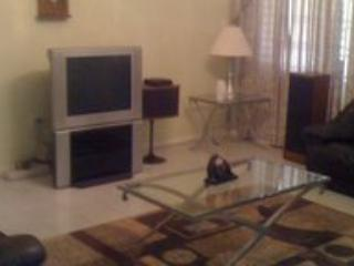 Spacious 3 bd condo in Ironshore, Jamaica - Whitehouse vacation rentals