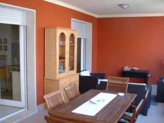 Nice Condo with A/C and Satellite Or Cable TV - Alghero vacation rentals