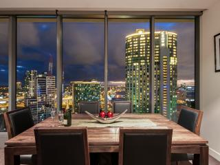 Platinum REGENT Executive 1 Bedrm Freshwater Place - Melbourne vacation rentals