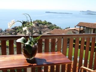 Charming 2 bedroom Condo in Gardone Riviera - Gardone Riviera vacation rentals