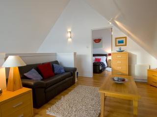 Old Town Duplex - Edinburgh vacation rentals