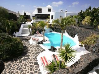 3 bedroom Villa with Internet Access in Tahiche - Tahiche vacation rentals