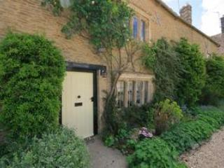 Cottage in Holwell village, Cotswolds near Burford - Holwell vacation rentals