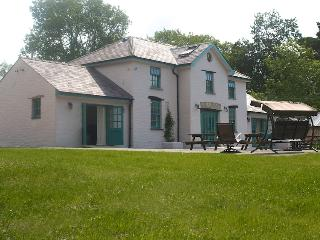 "Glanafon Coach House ""The Guardian Top Places"" - Haverfordwest vacation rentals"