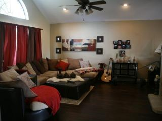 Family get-a-way in a quiet area w/ awesome arcade - McKinney vacation rentals