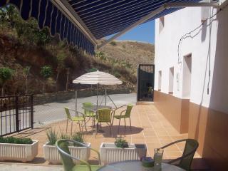 Beautiful 1 bedroom Apartment in Cehegin with Internet Access - Cehegin vacation rentals