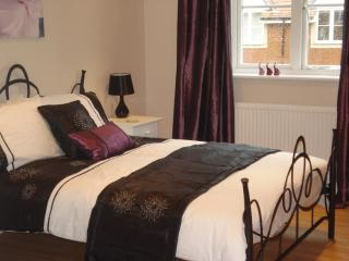 2 bedroom Condo with Internet Access in Eastbourne - Eastbourne vacation rentals