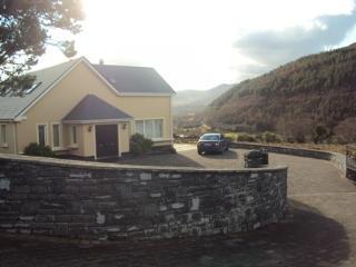 Charming 6 bedroom House in Glenbeigh - Glenbeigh vacation rentals