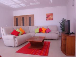 3 bedroom Villa with Internet Access in Area Branca - Area Branca vacation rentals