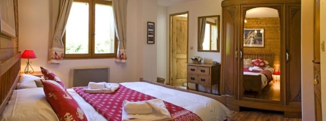 Chalet Shiraz - Simply Lovely! - Les Houches vacation rentals