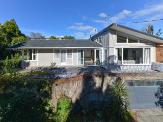 Lovely House with A/C and Cleaning Service - Rotorua vacation rentals