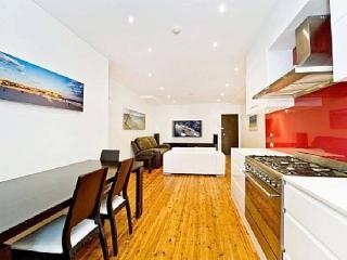Modern and Stylish beachfront - Bondi vacation rentals