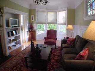 Great 3BD apt. in Pacific Heig(PHWA3194) - San Francisco vacation rentals
