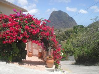 Nice 2 bedroom Soufriere Condo with Internet Access - Soufriere vacation rentals