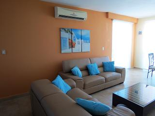 F4-12C,3 bedroom, 3 bathroom  two level penthouse - El Farallon del Chiru vacation rentals