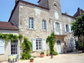 Maison Delmas in the Lovely Lot Valley - Puy-l Eveque vacation rentals