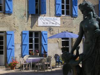 Chez Maison Bleue - Chalabre vacation rentals