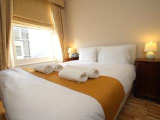 1 Bedroom Apartment 2nd Floor - London vacation rentals