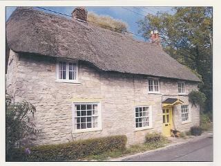 Spacious 4 bedroom Cottage in Osmington Mills - Osmington Mills vacation rentals