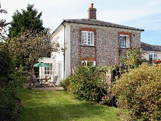 Nice Cottage with Internet Access and Television - East Lavant vacation rentals