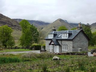 Comfortable 2 bedroom House in Ardgour with Satellite Or Cable TV - Ardgour vacation rentals