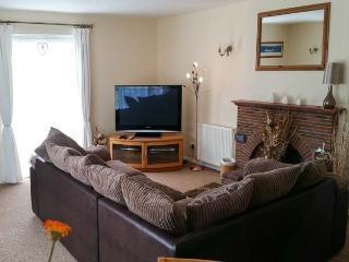 SUMMERFIELD COTTAGE, WiFi, Sky TV, pet-friendly, ground floor cottage in Gorran Haven, Ref. 915521 - Gorran Haven vacation rentals
