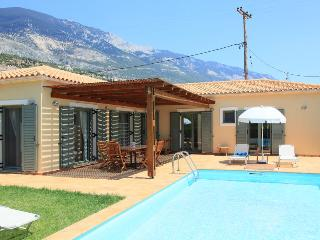Beautiful 2 bedroom Villa in Vlachata - Vlachata vacation rentals