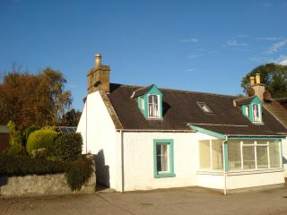 Wonderful Cottage with Internet Access and Satellite Or Cable TV - Invergordon vacation rentals
