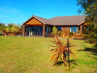 Bellevue Lakeview House,Lake Hawea, Wanaka, NZ - Wanaka vacation rentals