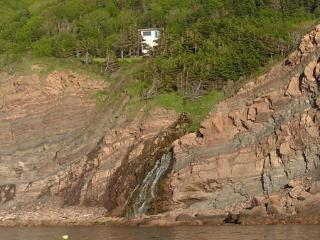 Perfect 1 bedroom Pleasant Bay Cottage with Mountain Views - Pleasant Bay vacation rentals