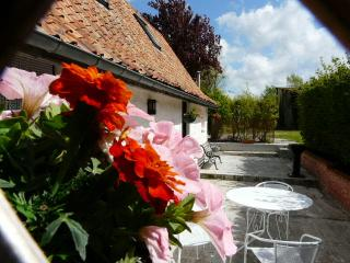 Comfortable Cottage with Internet Access and Satellite Or Cable TV - Hardelot Plage vacation rentals