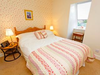 St Margaret's Cottage Edinburgh - Edinburgh vacation rentals