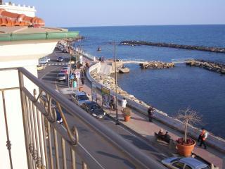 Roberta - Santo Stefano al Mare vacation rentals