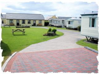 3 bedroom Caravan/mobile home with Internet Access in Dinas Dinlle - Dinas Dinlle vacation rentals