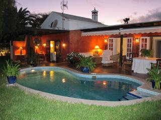 Lovely Villa in Costa Teguise with Television, sleeps 8 - Costa Teguise vacation rentals