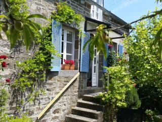 Comfortable 2 bedroom Cottage in Dinan - Dinan vacation rentals