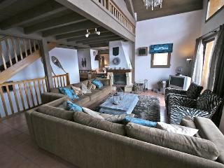 Belle Vue - stunning 18p ski chalet with sauna and direct access to the piste - Vallandry vacation rentals